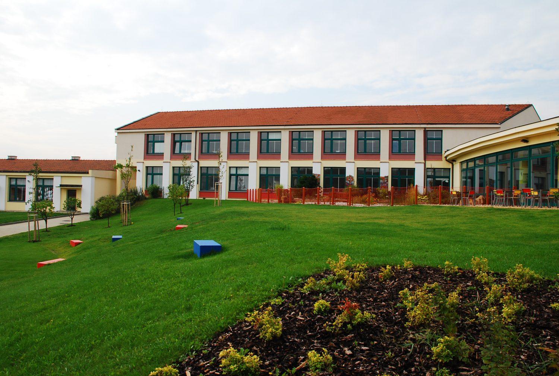 Mezinarodni skola atrium svah